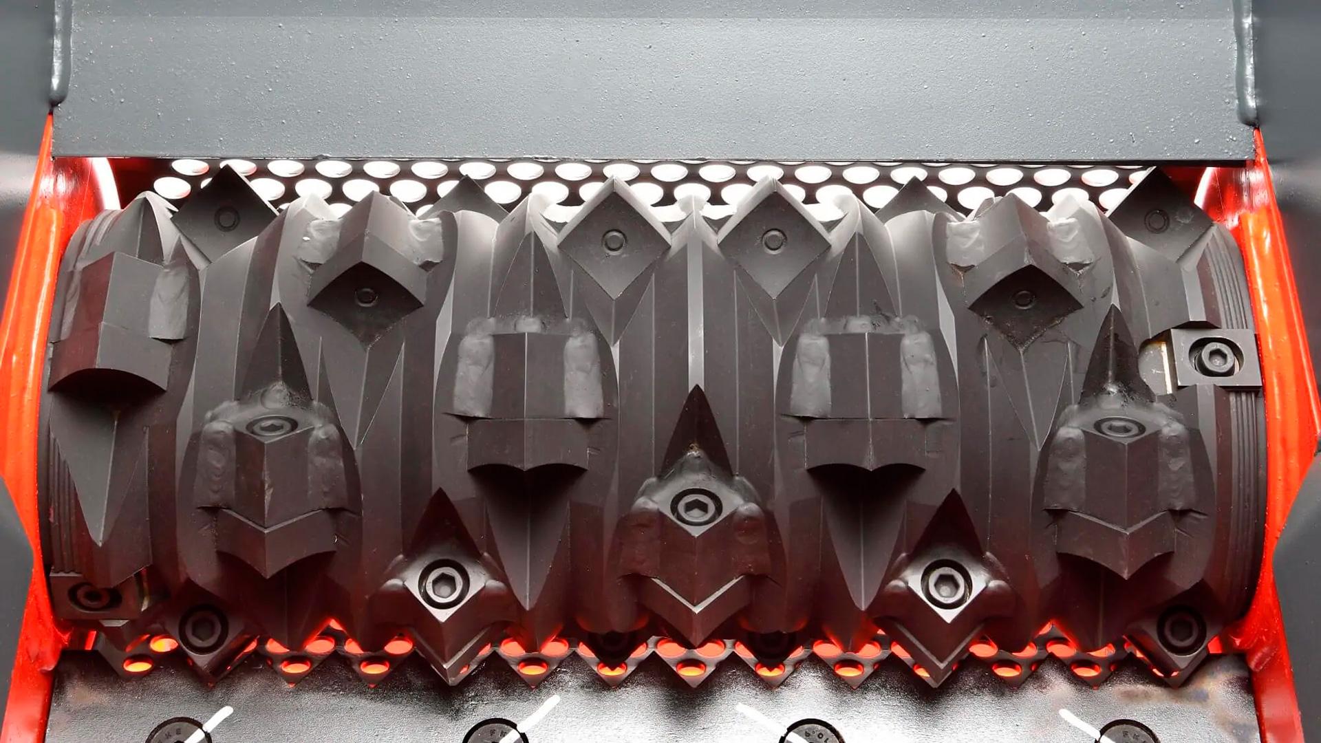 Одновальный промышленный шредер